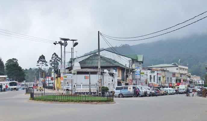 Nuwara Eliya Town Street View