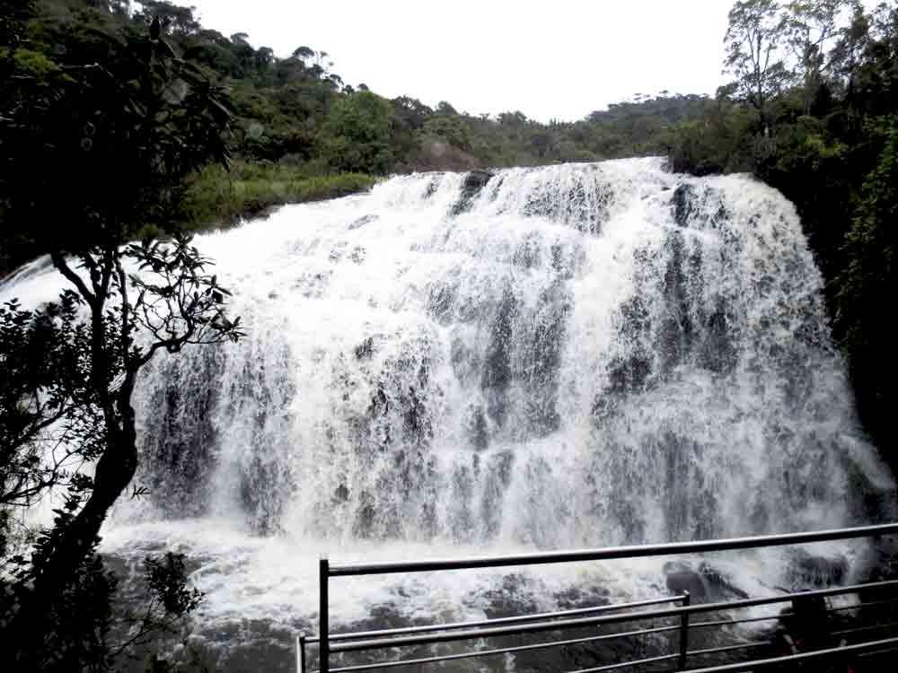 Horton_Plains_Baker's_Falls_Nuwara_Eliya