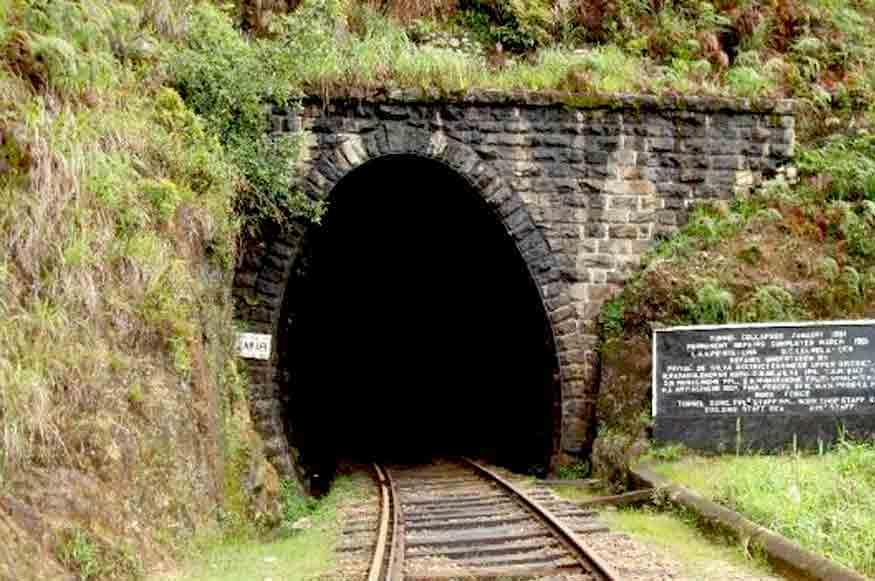 Pattipola_Tunnel_18_Nuwara_Eliya_Sri_Lanka