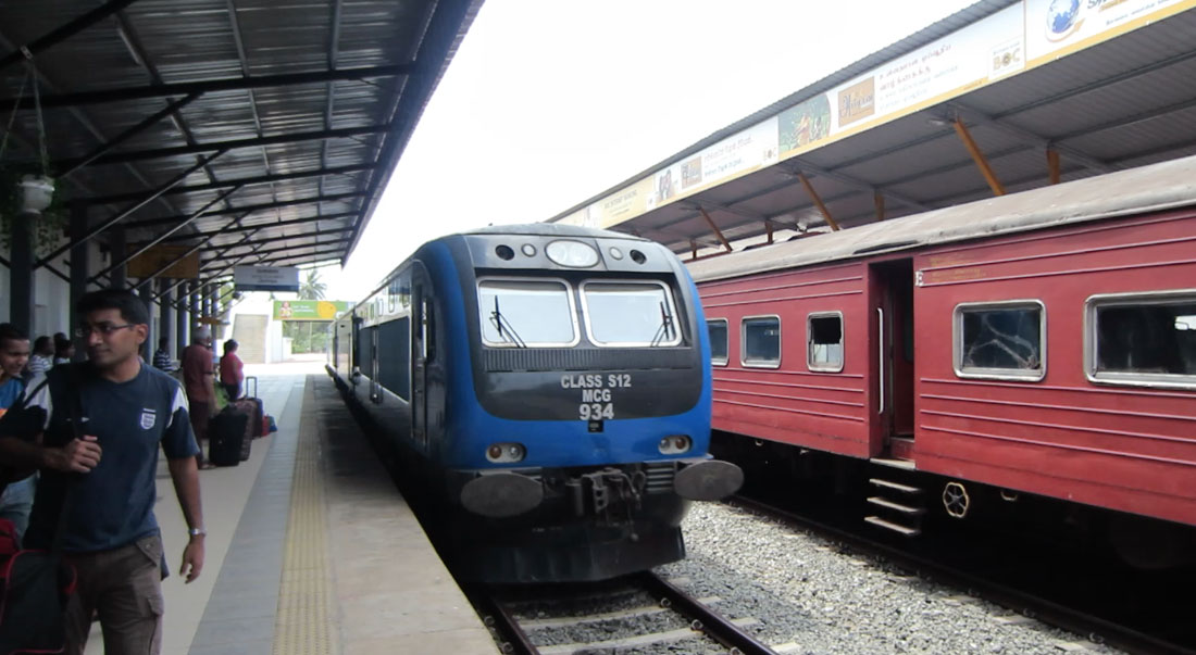 Yal Devi Train at Jaffna Station