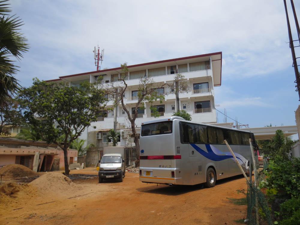 Green Grass Hotel 2