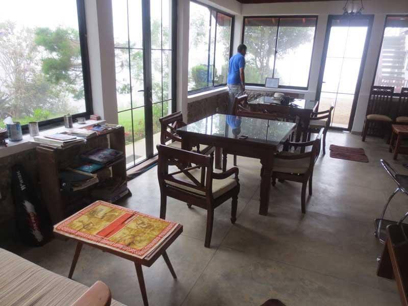 Hill Safari Eco Lodge, Ohiya Lobby Area