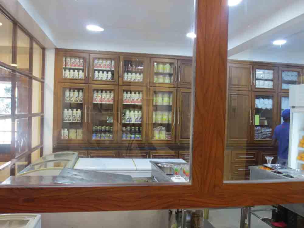 Rio-Ice-Cream-in-Jaffna3