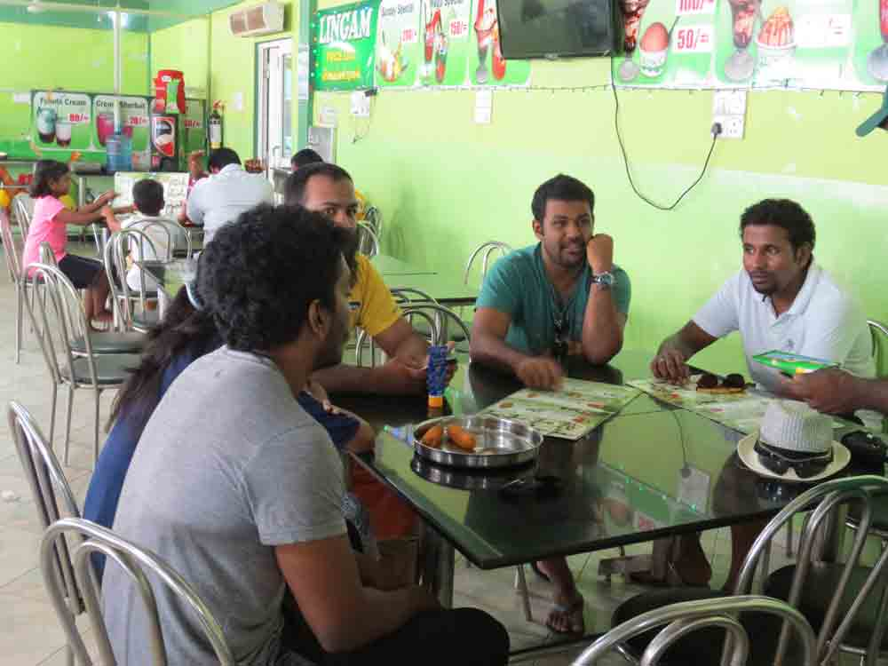 lingan-ice-cream-in-jaffna19