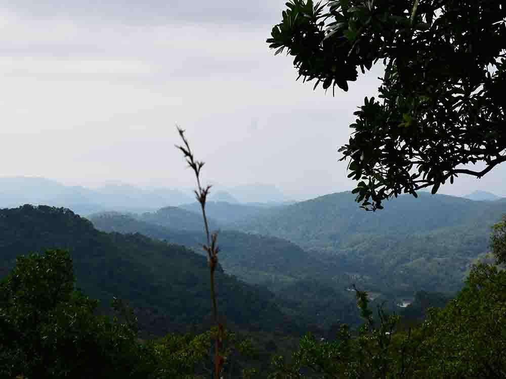 On our way to summit of Diyaluma Falls
