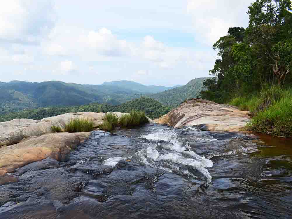 Another Image of on Top of Diyaluma Falls